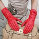 手袋のプレゼントは男性でも女性でもいいかもしれません