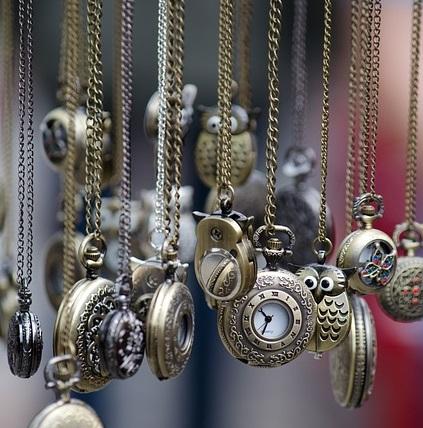 pocket-watches-436567_640