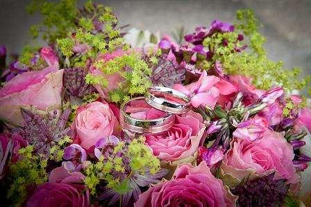 wedding-260893_640